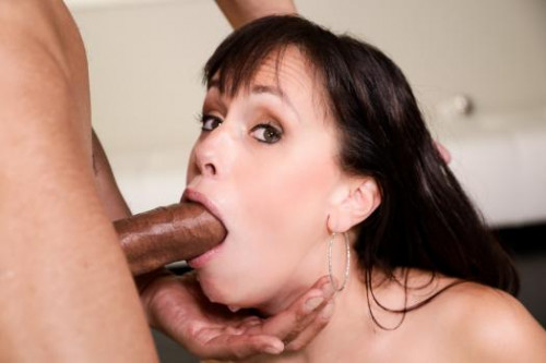 Throated – Alana Cruise