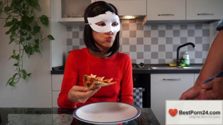 Bruce And Morgan – Pizza Extra Toppings