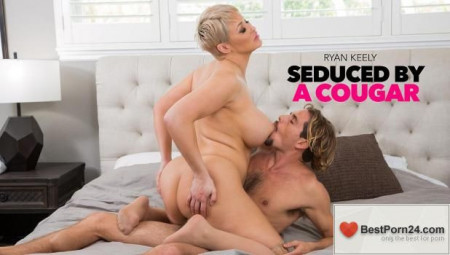 Seduced By A Cougar - Ryan Keely