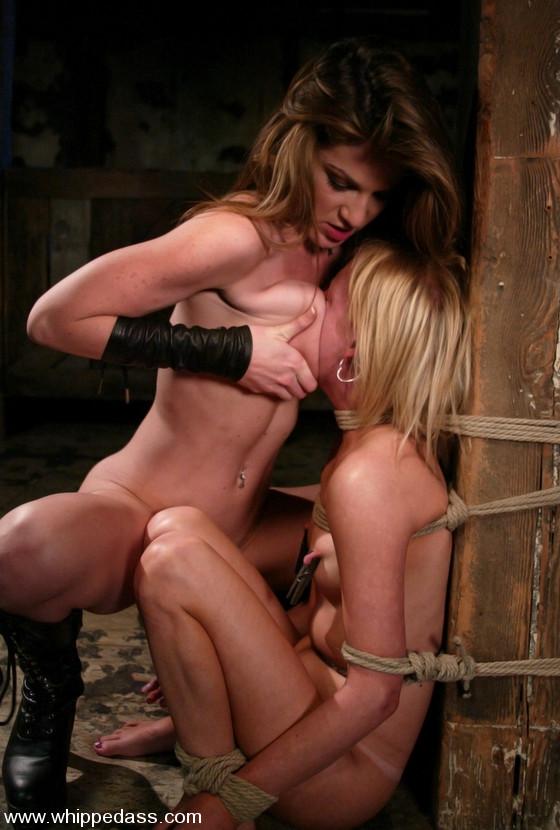 BestBDSM24.com - Image 4356 - Alexa Lynn and Kayla Paige