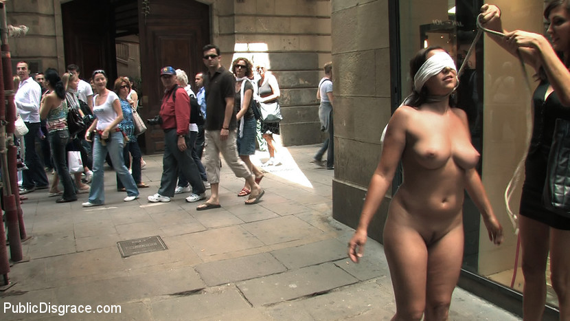 BestBDSM24.com - Image 6850 - Fully Nude and Barefoot in Public