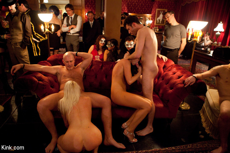 BestBDSM24.com - Image 8114 - An Open Invitation: A Real Swingers Party in San Francisco