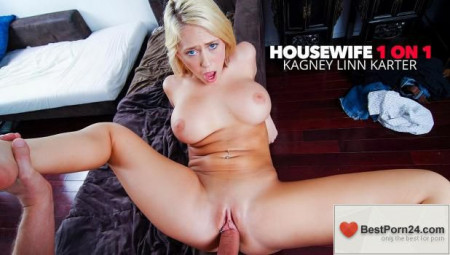 Housewife 1 on 1 - Kagney Linn Karter