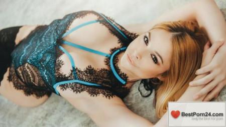 First Class POV – Sarah Vandella