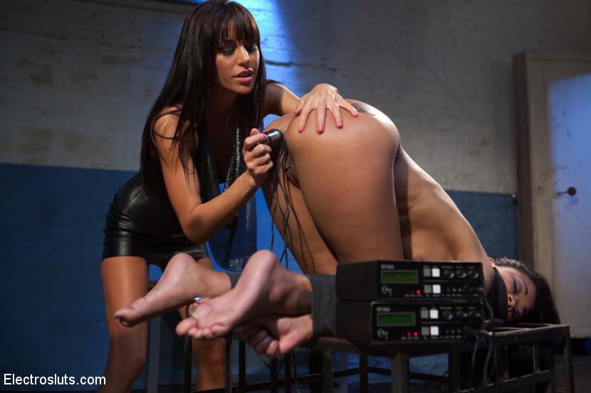 BestBDSM24.com - Image 22886 - Beautiful Skin Diamond Anal takes and Intense Electro Fucking!