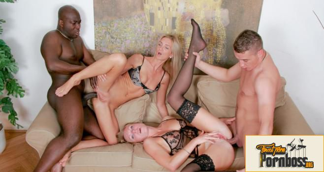 Group Sex Games - Carmeron Gold & Ulrika