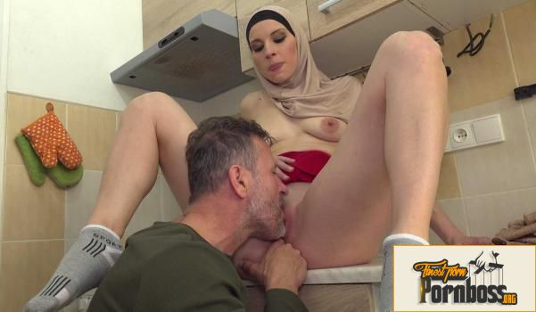 Sex With Muslims - Victoria Daniels