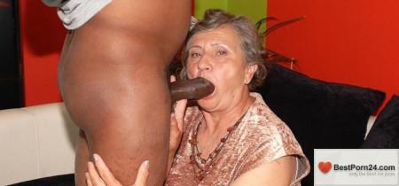 Granny Guide – Ramona