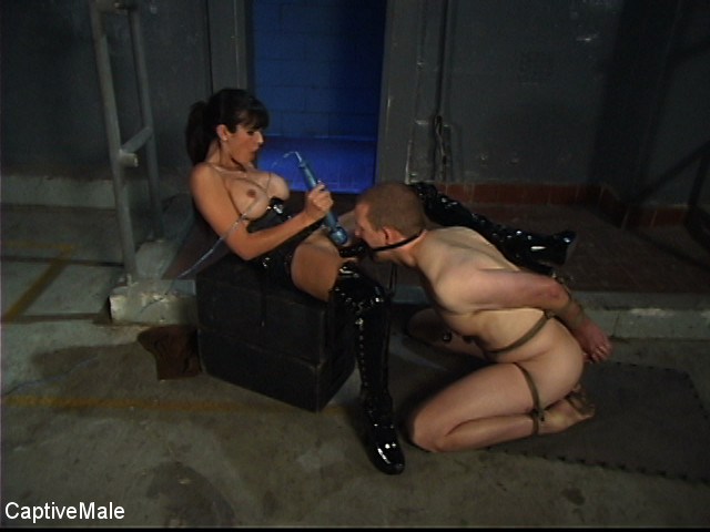 BestBDSM24.com - Image 35730 - Demanding Mistress
